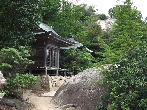 弥山の観音堂