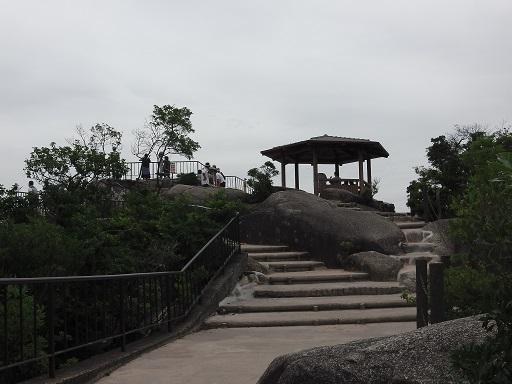 獅子岩展望台の休憩所