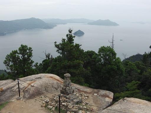 弥山頂上からの眺め