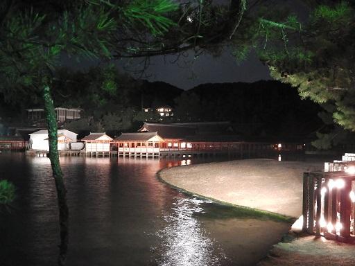 初詣 厳島 神社