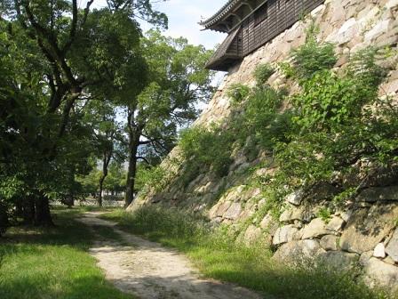 広島城天守閣下の石垣