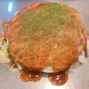 宮島で地元民に愛されるお好み焼屋「まとちゃん」に行った感想を紹介!